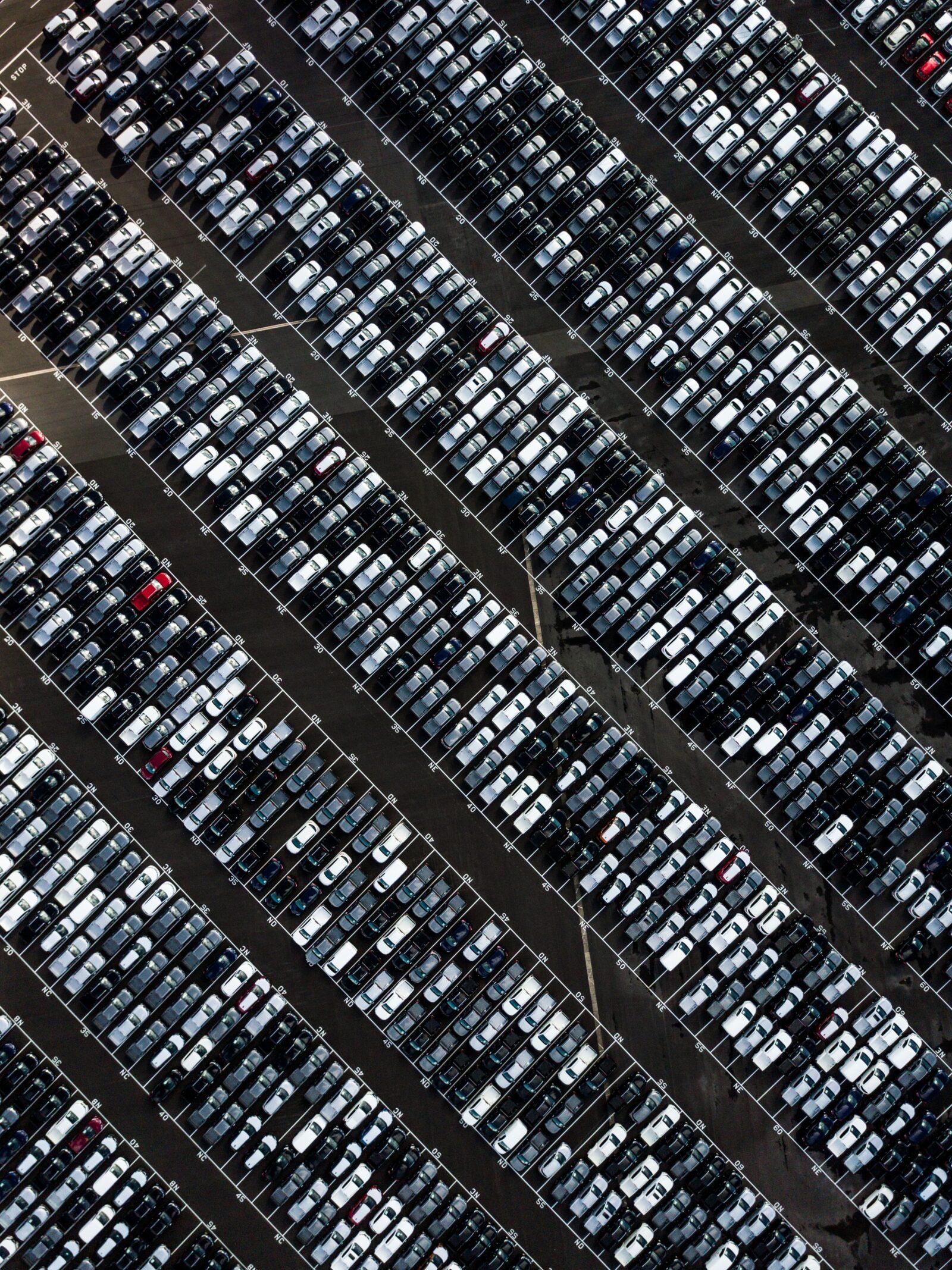 cars-parkinglot-overhead